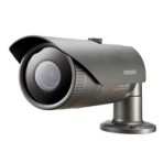 Telecamera Bullet 3 MEGAPIXEL IP66 con nuovo DSP WiseNet 2 Day/Night con filtro IR removibile